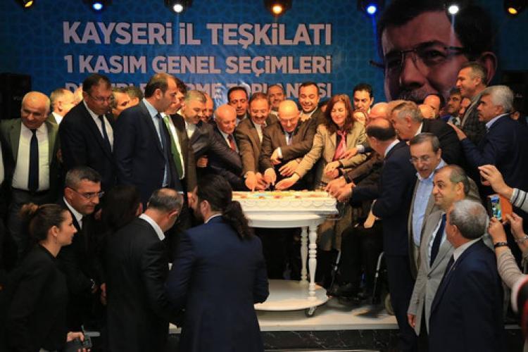 Mehmet Özhaseki: Oylarını artıran tek partiyiz