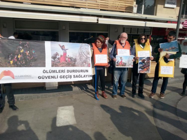 Ege Denizi'ndeki ölümlere protesto