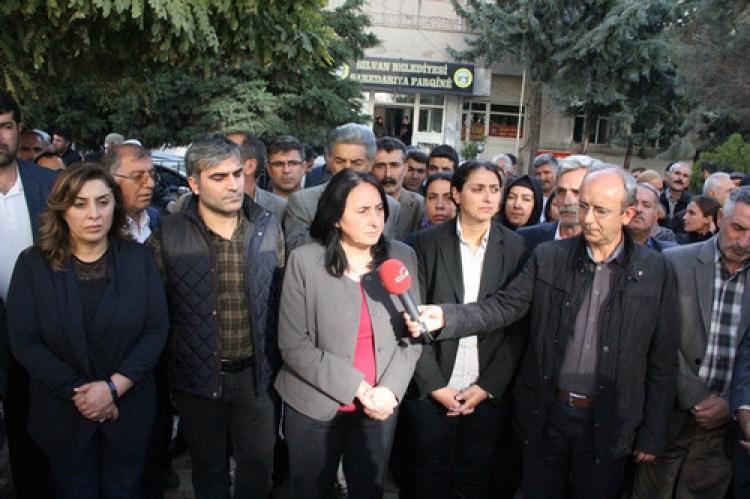 Aydoğan: Kürt halkı kendi kendini yönetmek istiyor