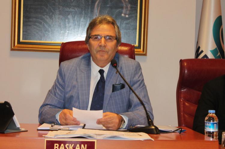 Mirza'dan Büyükşehir Belediyesine çukur tepkisi