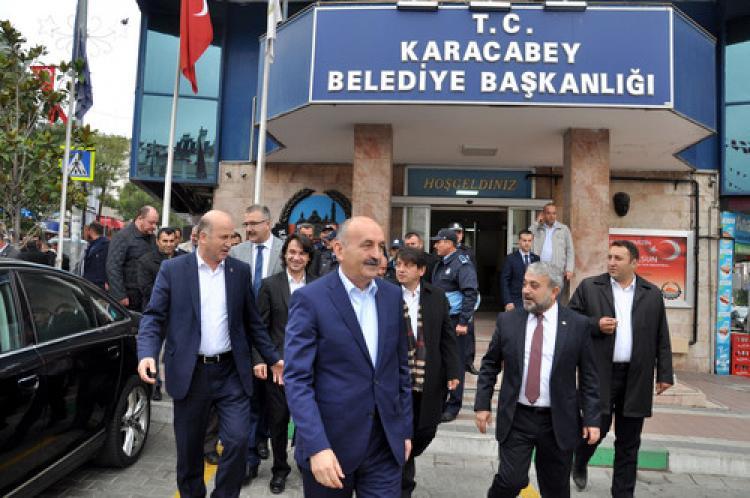 Müezzinoğlu'ndan Karacabey'e teşekkür