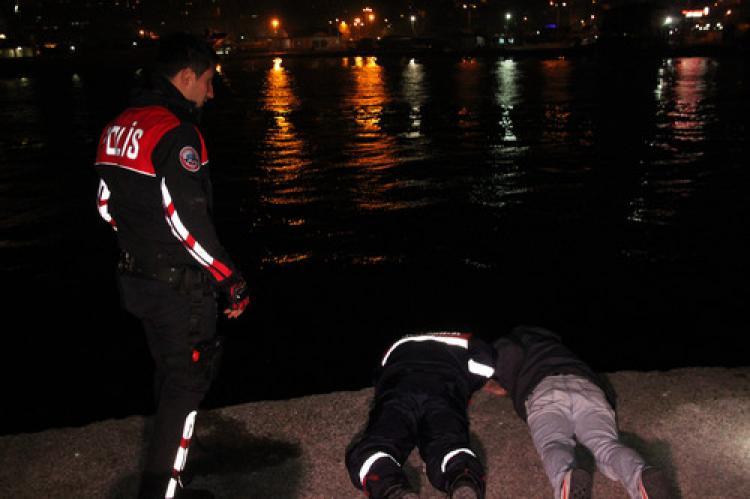 Ereğli'de denize düşen iki kişi kurtarıldı