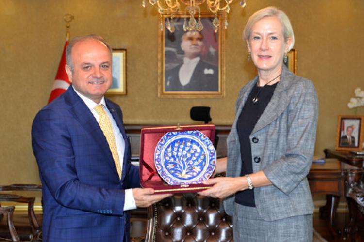 ABD Adana Konsolosu Specht'ten Vali Çakacak'a ziyaret