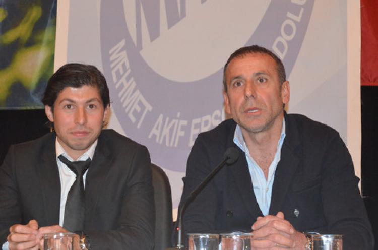 Abdullah Avcı: Okuldan kaçan öğrenci başarılı bir futbolcu olamaz