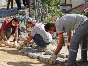 Buski bozuyor, Mudanya belediyesi yapıyor!