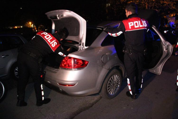 Zonguldak'ta polis uyuşturucu ele geçirdi: 4 gözaltı