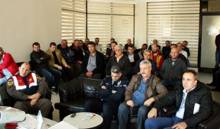 Mudanya'da okul servis şoförlerine eğitim semineri
