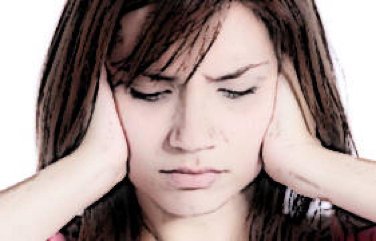 Migrenden en çok kadınlar muzdarip