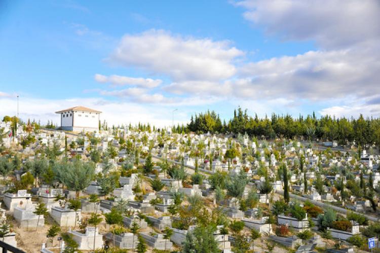 Çift katlı mezar uygulaması: 'Avantajlı fiyat'