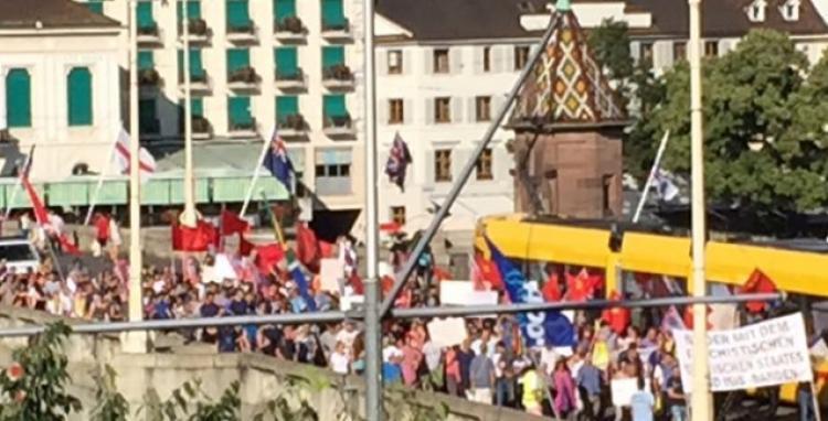 20 bin lira maaş alan öğretmenler grev yaptı!