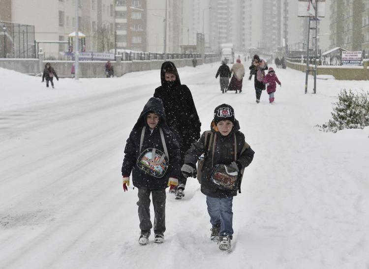 Yılın ilk kar tatili geldi