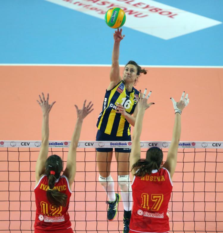 Fenerbahçe Grundig: 3 - Telekom Bakü: 2
