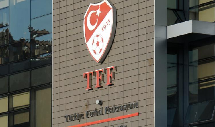 Bursaspor'a tribün kapama cezası