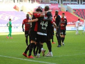 Gaziantep FK: 3 - Aytemiz Alanyaspor: 1
