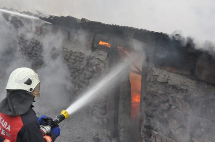 Başkent'te 771 yangına müdahale edildi