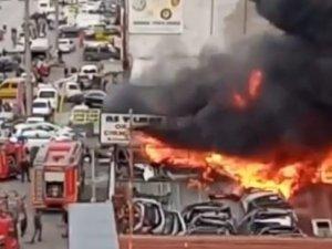 Bursa'da işyerleri alev alev yandı!