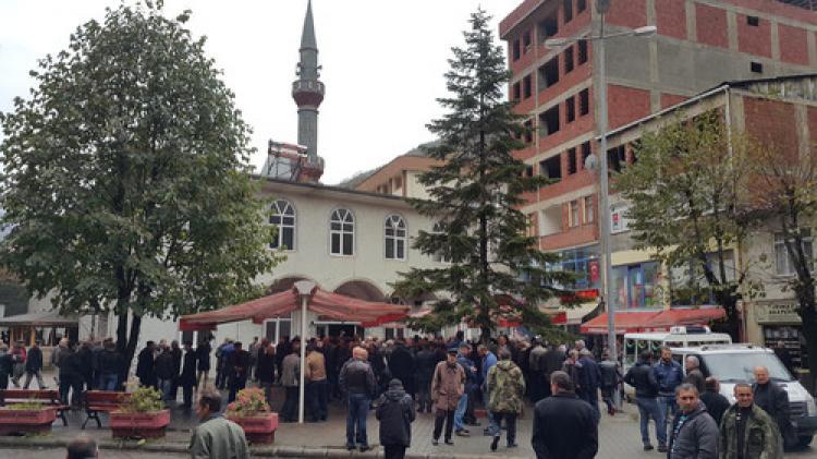 Heyelanda hayatını kaybeden 3 yaşındaki Zümra Naz ile Kamil Kara defnedildi