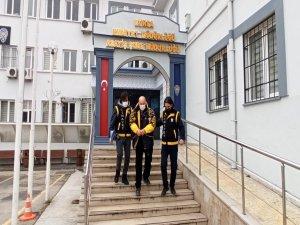 Bursa'da 2 arkadaşı öldürdü