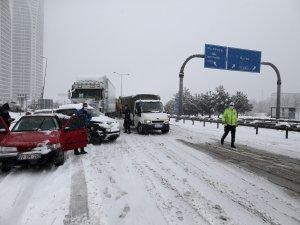 Bursa-İzmir otobanı kapandı