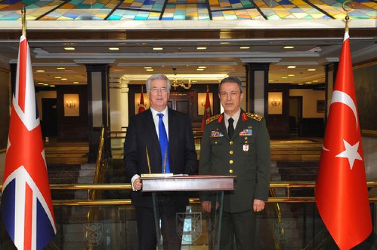 İngiltere Savunma Bakanı, Genelkurmay'da