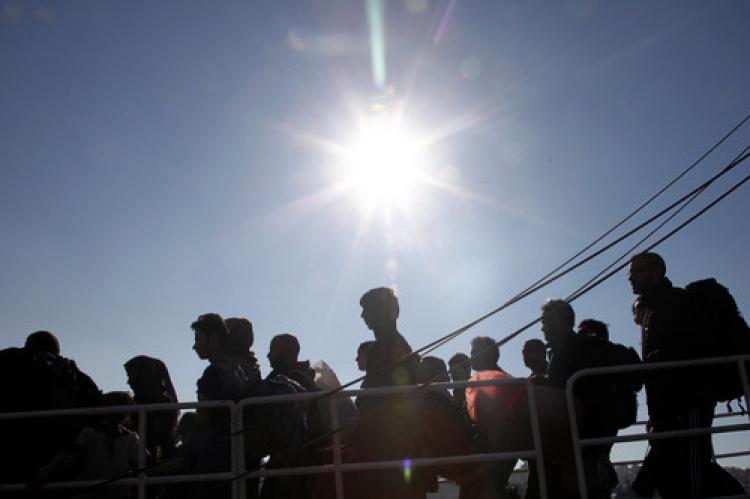 Atina'ya her gün 3 bin mülteci ulaşıyor