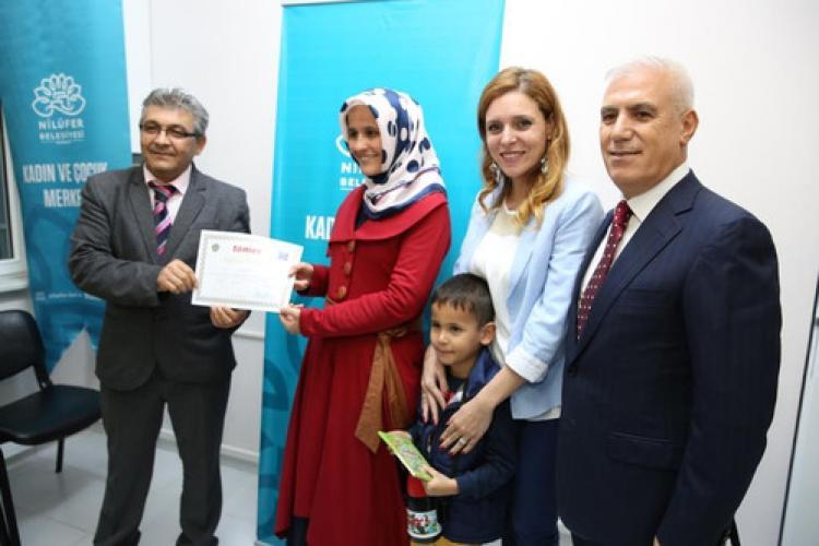 Nilüferli kadınlar, İngilizce sertifikalarına kavuştu