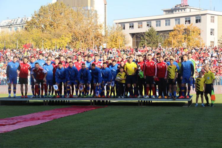 Kosova ile Arnavutluk arasında ilk dostluk maçı 2-2 berabere bitti