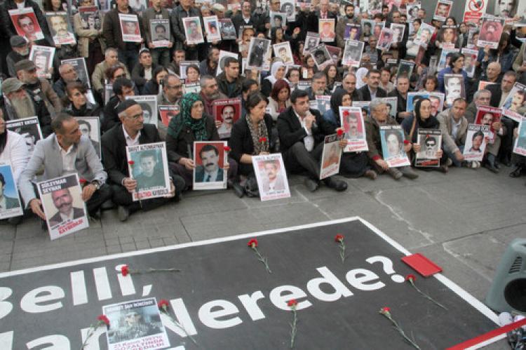 Demirtaş: Başbakan IŞİD'i 'öfkeli gençler' olarak tanımlamıştı
