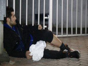 Bursa'da genç kadın, komşusunu bıçakladı