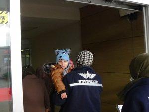 Tiner içen çocuklar hastaneye kaldırıldı