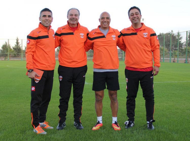 Adanaspor'da yeni teknik direktör Engin İpekoğlu ilk idmana çıktı