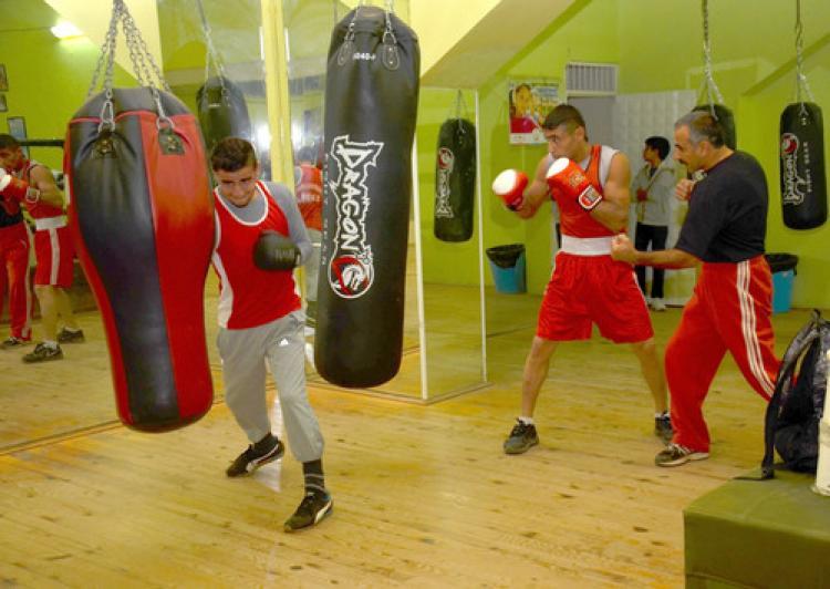 Adanalı 4 boksör Türkiye Şampiyonası'na katılmak için Sivas'a gitti