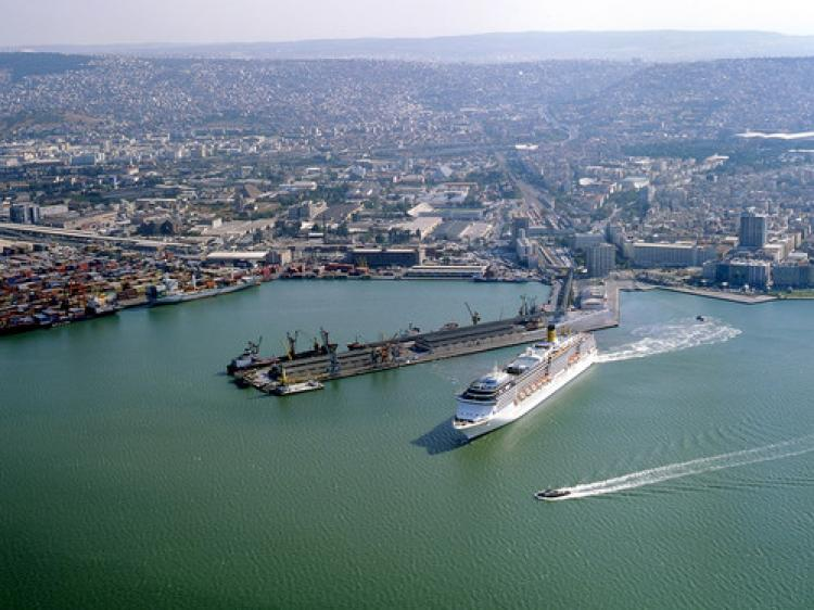 İzmir Kruvaziyer ve Yük limanları için ihaleye çıkılacak