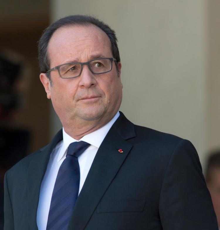 Hollande, Moskova'ya gelecek