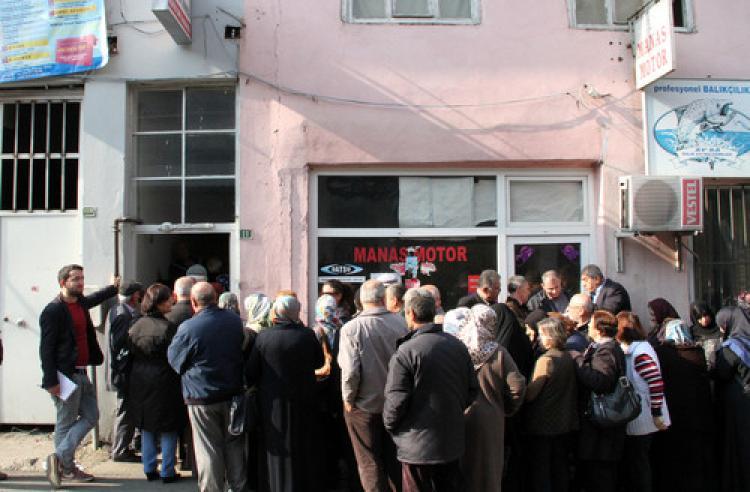 Bursa'da emeklilerin ev alma kuyruğu