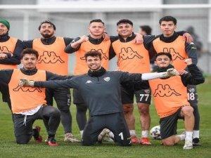 Bursaspor'da futbolculara izin