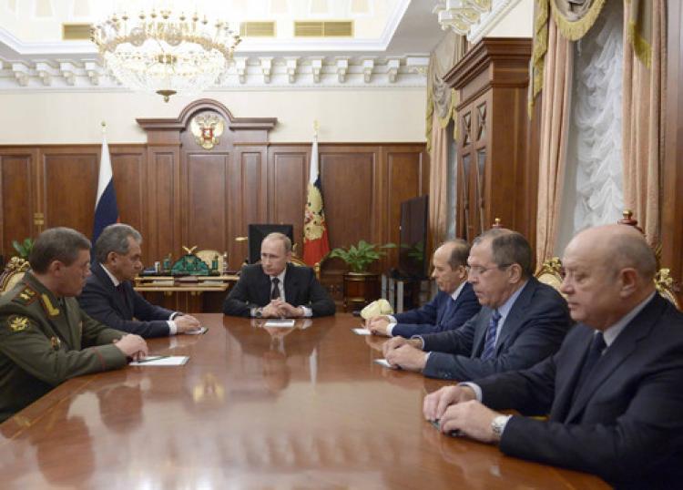 Putin: Suriye'deki operasyonlarımız artırılsın