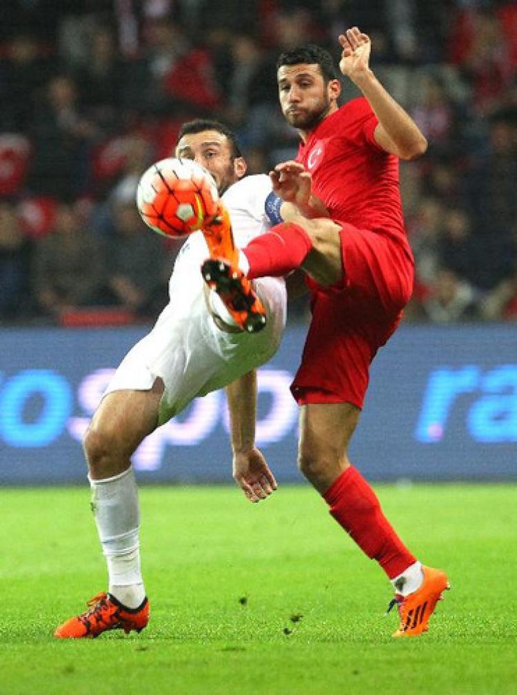 Türkiye: 0 - Yunanistan: 0 (İlk yarı)