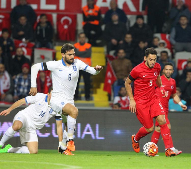 Türkiye-Yunanistan maçında ilk yarıdan gol sesi çıkmadı