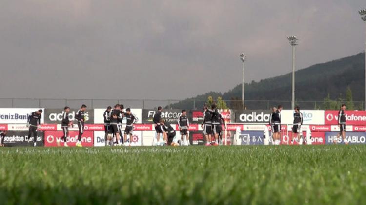 Beşiktaş, ilk defa hibrit sahada çalışıyor