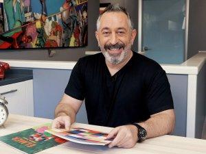 Ünlü sanatçılar çocuklar için kitap okudu
