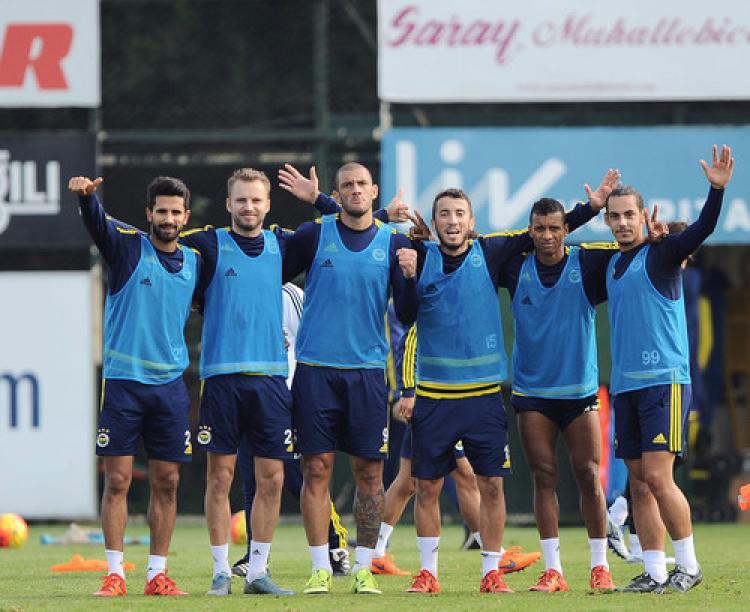Fenerbahçe'de Mersin İdmanyurdu maçının hazırlıkları sürüyor