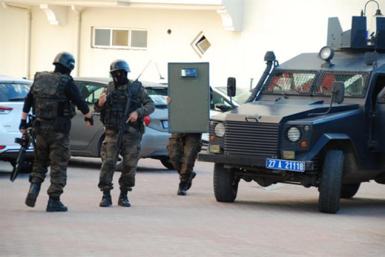 Komiser yardımcısını silahla yaralayan şahıs tutuklandı