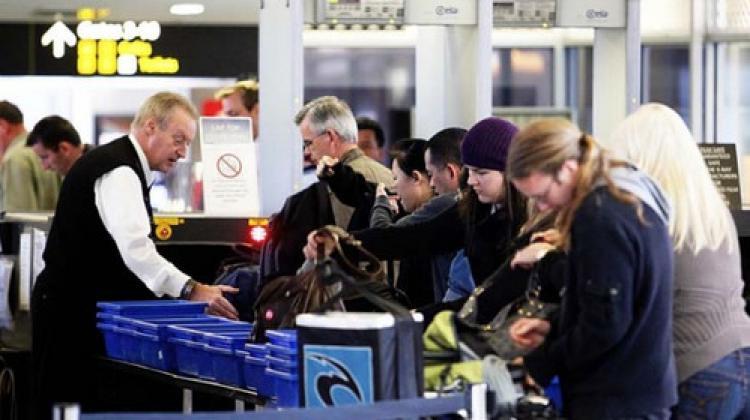 Avustralya havalimanlarında 200 şüpheli yolcu