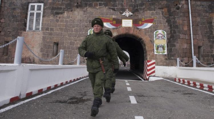 Ermenistan'da Rusya sınır birliğine bağlı bir asker ölü bulundu