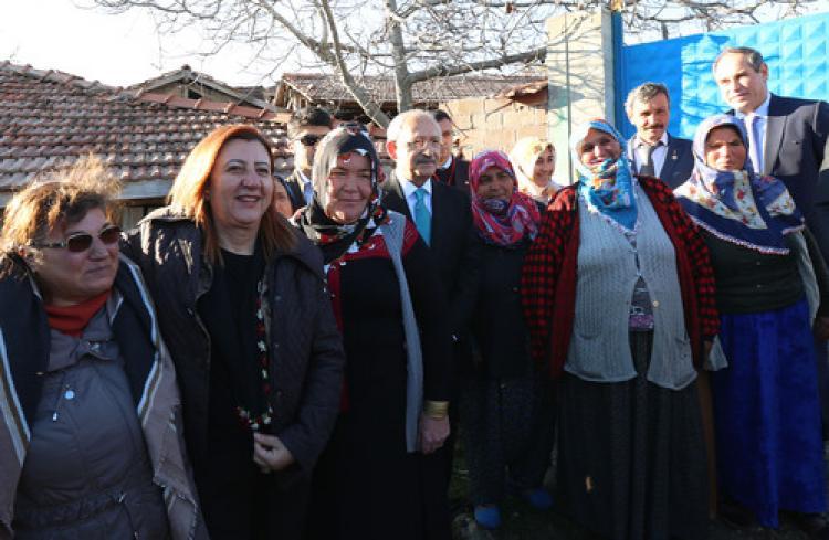Kılıçdaroğlu, kendisine tepki gösteren şehit ailesini ikinci kez ziyaret etti