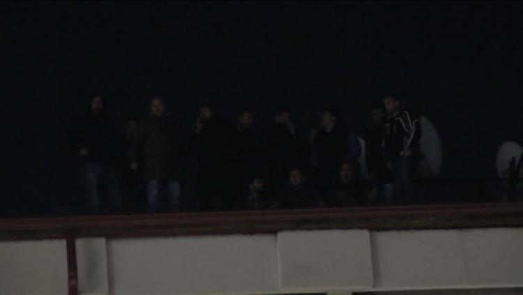 Sivas Demir Çelik işçileri çatıdan indi