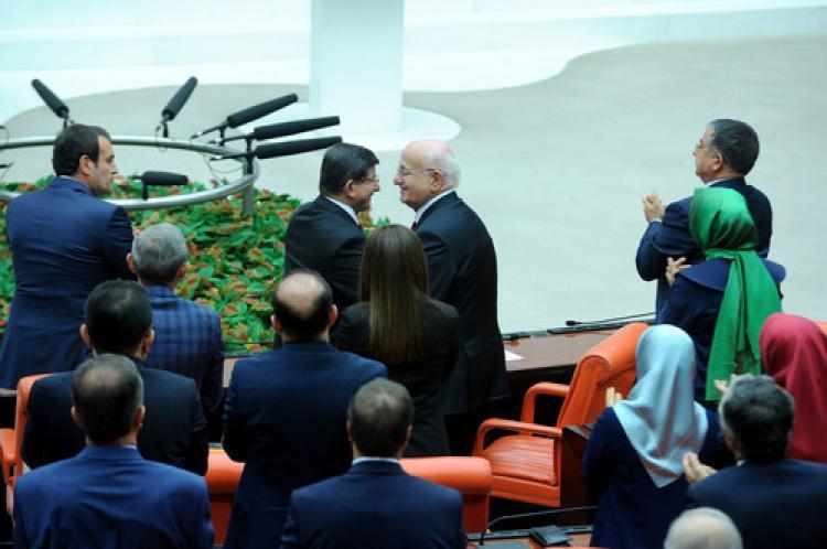İsmail Kahraman Meclis Başkanı oldu