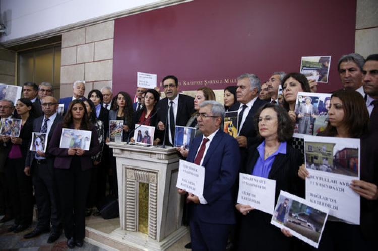 HDP Grubu, Meclis Başkanı ile görüşecek