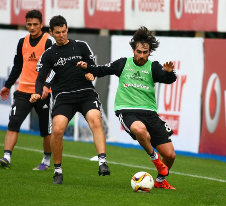 Beşiktaş, Skenderbeu maçı hazırlıklarına  başladı